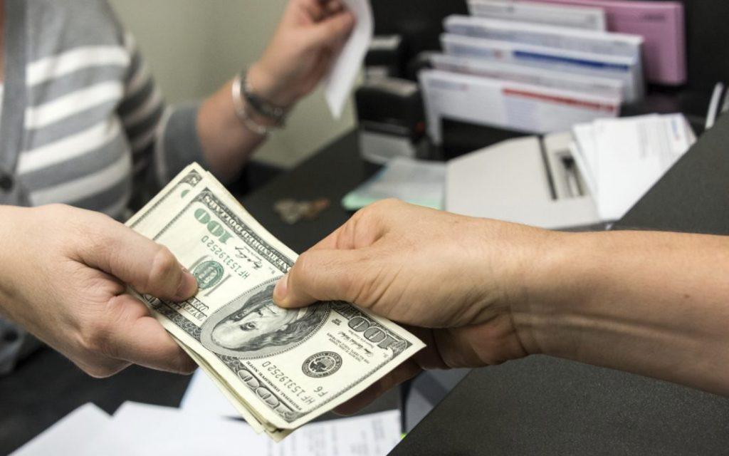 cách vay tiền mặt trả góp