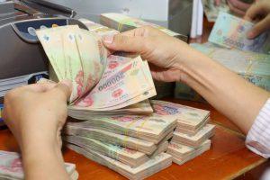 Vay tiền mặt ở ngân hàng nào lãi suất thấp?